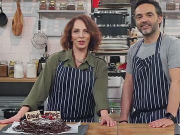 Sertab Erener: Hayatımın ilk pastası!