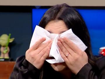 Eser Yenenler Show'da duygusal anlar! Yasemin Sakallıoğlu o anısını anlatınca...