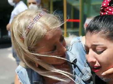 Gözyaşı döken Rümeysa'yı teselli etmek Birben'e düştü