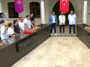 Yarışmacılar Mihrişah Valide Sultan İmareti'nde