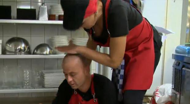 Mutfakta görünmez kaza! Murat neye uğradığını şaşırdı...